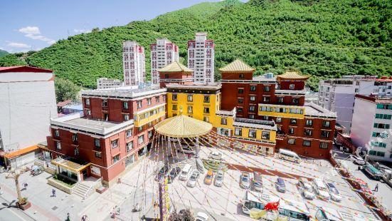 지아룽 그랜드 호텔