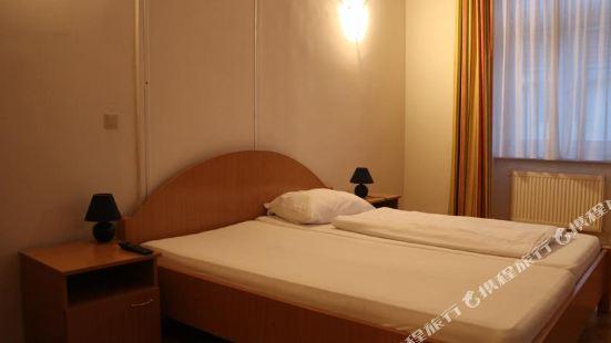 祖瑪普拉特200米套房酒店