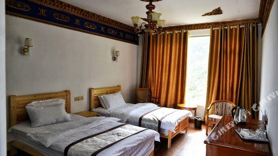 Shanzhilv Backpacker Inn Siguniang Inn