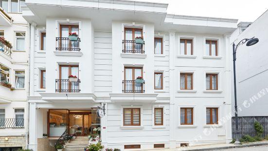 Albinas Hotel Old City