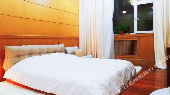 太原鎏金GIN公寓(北沙河南沿岸分店)