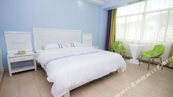 168 Motel Dadonghai Luhuitou Square