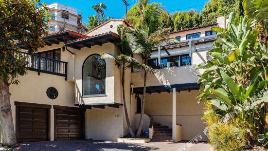 Entire Villa on Sunset Strip