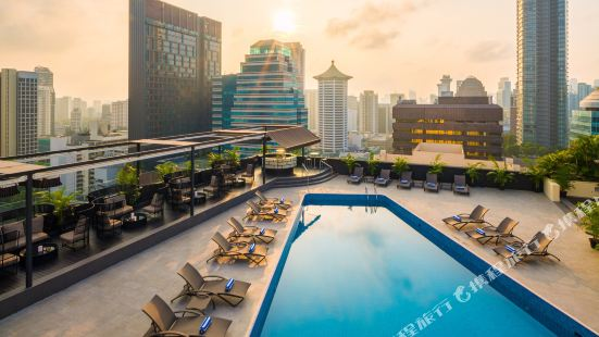 Hilton Singapore (Staycation Approved)