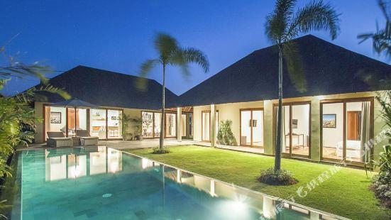 Villa Moyo Bali