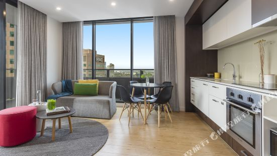 Oaks Melbourne Southbank Suites