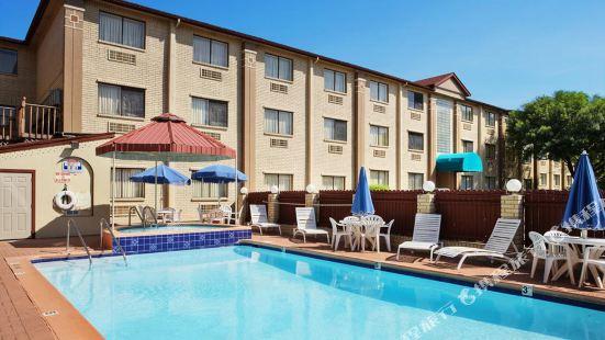 奧斯汀市中心奧萊恩治伍德套房酒店