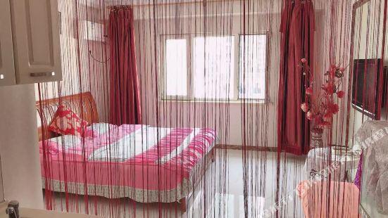 麥凱樂四季家庭高檔公寓(哈爾濱中央大街店)
