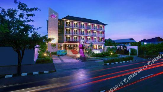 Fame Hotel Sunset Road