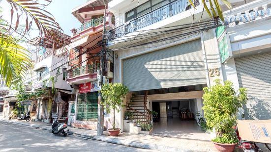 Louis 25 Apartment Hanoi
