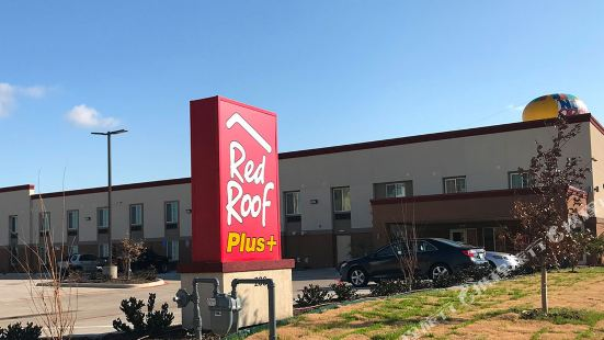 紅屋頂加沃斯堡酒店