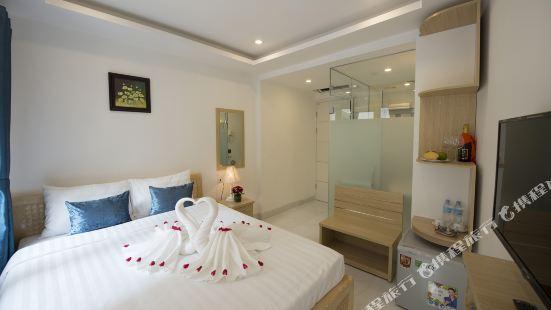 Ha Noi Holiday Center Hotel