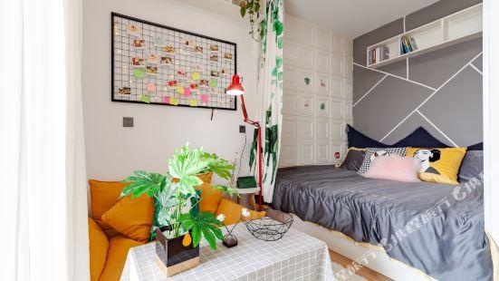 湖州七七温馨小居公寓