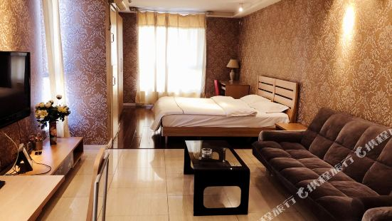 72 Jia Fangke Apartment Hotel (Shenyang Middle Street Joy City D2)