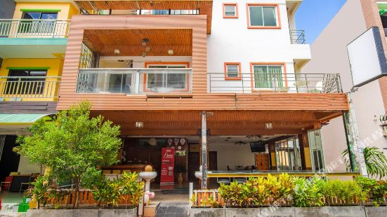 OYO 485 Million Patong Beach Resort