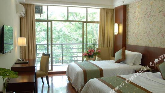 Lotus Mountain Resort