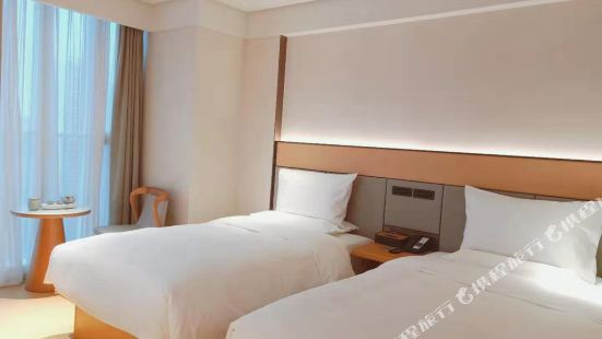 Ji Hotel (Chengdou Taikoo Li Center)