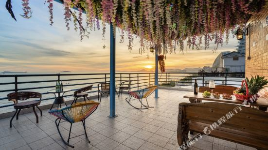 Lianyungang blue harbor summer Center Hotel