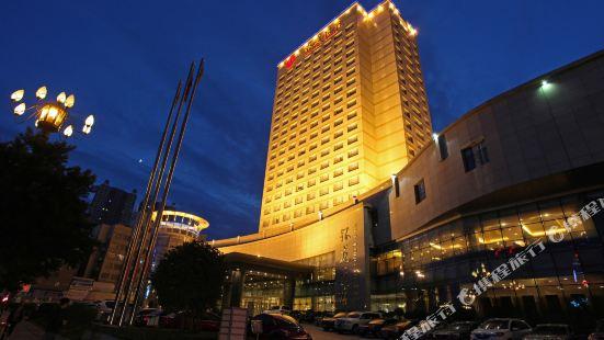 青海銀龍酒店