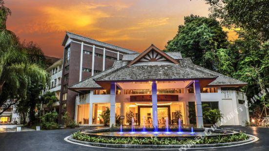 royal waterlily hotel