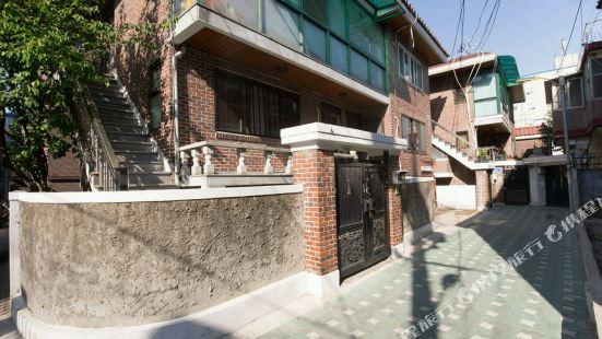 Sunnys Guest House Seoul