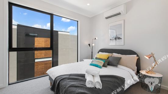 3Bed Townhouse - 85 Boundary Street