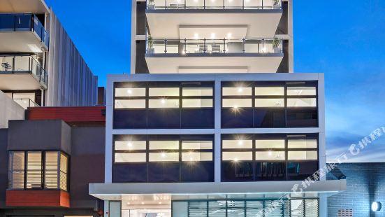 The Hamptons Apartments Melbourne