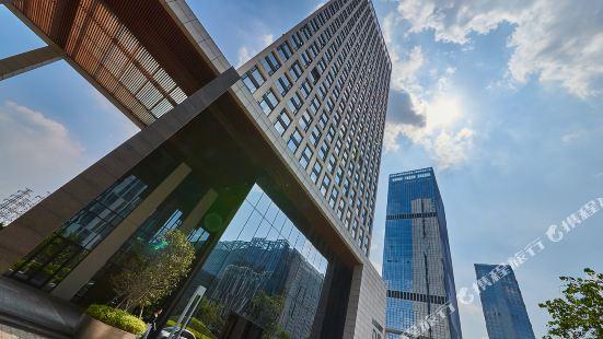 Heefun Apartment (poly world trade centre Apartment)