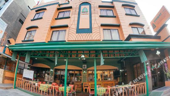 Tinhat Boutique Hotel and Restaurant