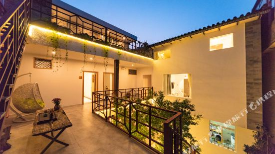 Homestay cultural theme boutique