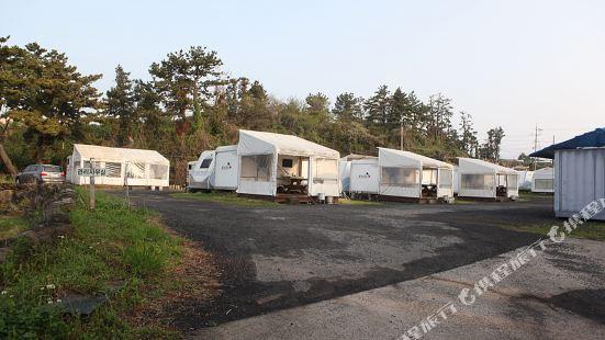 Jungmun Caravan Pension Jeju