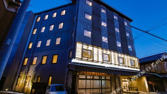 京都鴨川前Live Max酒店