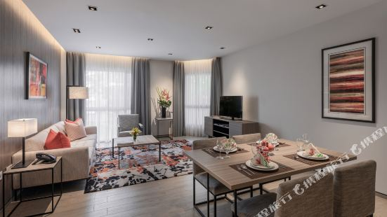 Le Grove Serviced Residences (SG Clean)
