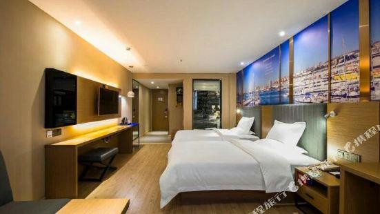 Yeste Hotel