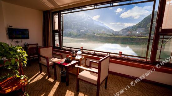 Afu'er Chain Hotel (Changyang Qingjiang Gallery)