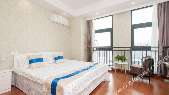 Lotus Apartment Resort