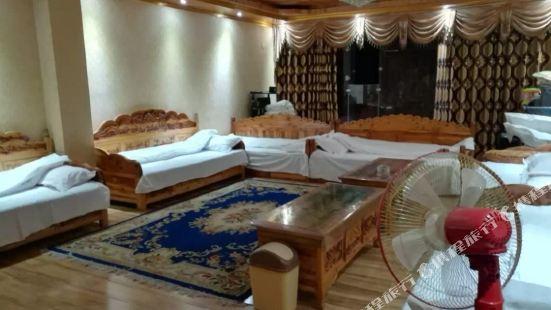 Zangjia Hostel