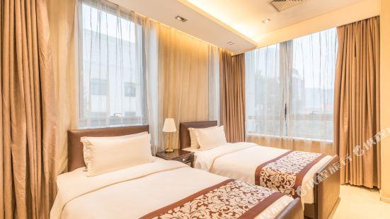 Yushenghuo Apartment (Beijing Xiaoyunli No.8)