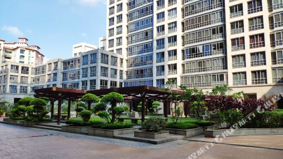 Nice 2-bedroom Condo at Fort Canning Park and Clark Quay