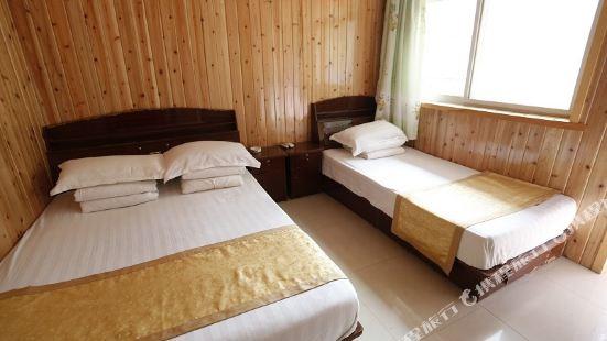 Chunyu Renjia Holiday Hotel