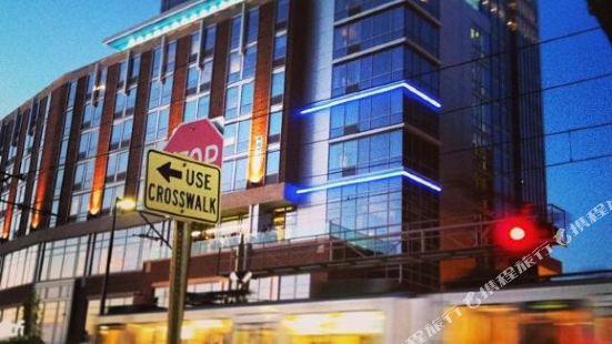 克里夫蘭市中心雅樂軒酒店