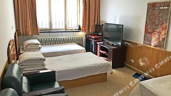 伊春佳晟旅店
