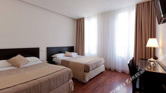 科斯莫特爾酒店