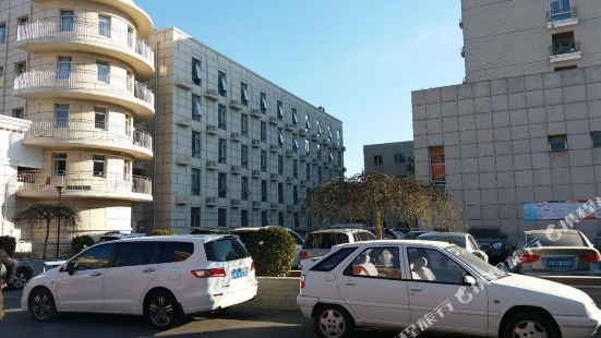 Zhongchu Hotel
