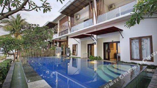 Puri Garden Hotel & Restaurant Bali