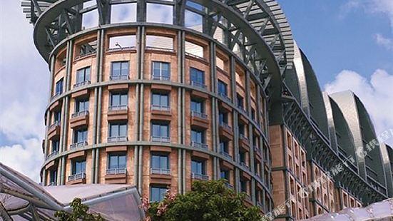 Resorts World Sentosa - Hotel Michael