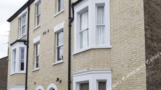 Norwich Street Apartments (Peymans) Cambridge