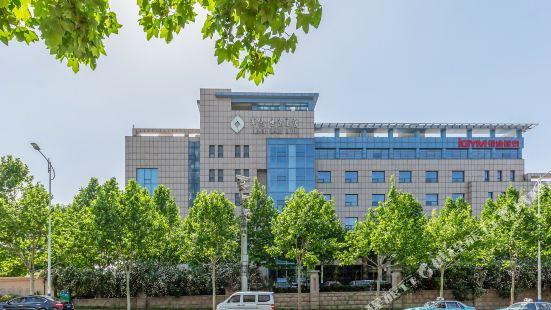 Junyue Shiyuan Hotel