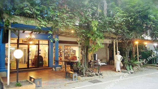 2230 Hostel Chiang Mai