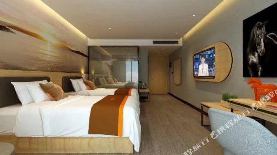 Junyi Hotel (Suzhou Guanqian Street Pedestrian Street)